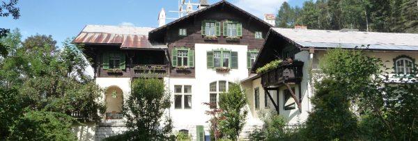 Jagdschloss Villa Falkenhof
