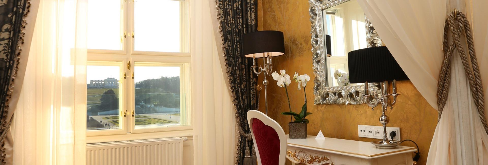 Schönbrunn Palace Grand Suite in Vienna