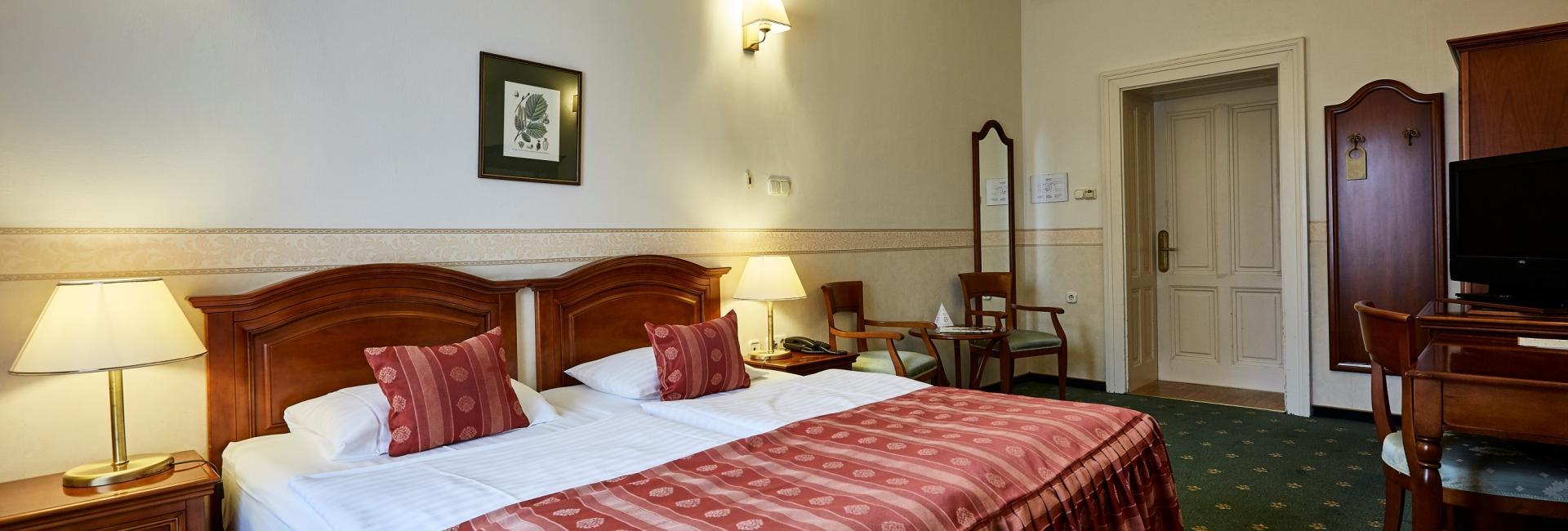 Room at Caste Hotel Szidonia