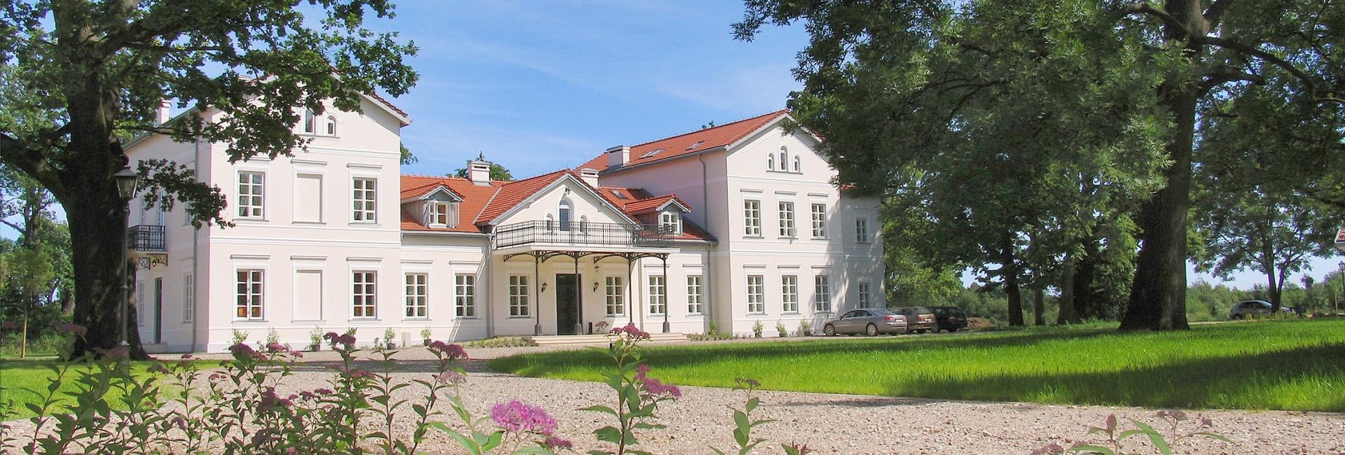 Palac i Folwark in Lochow, Poland