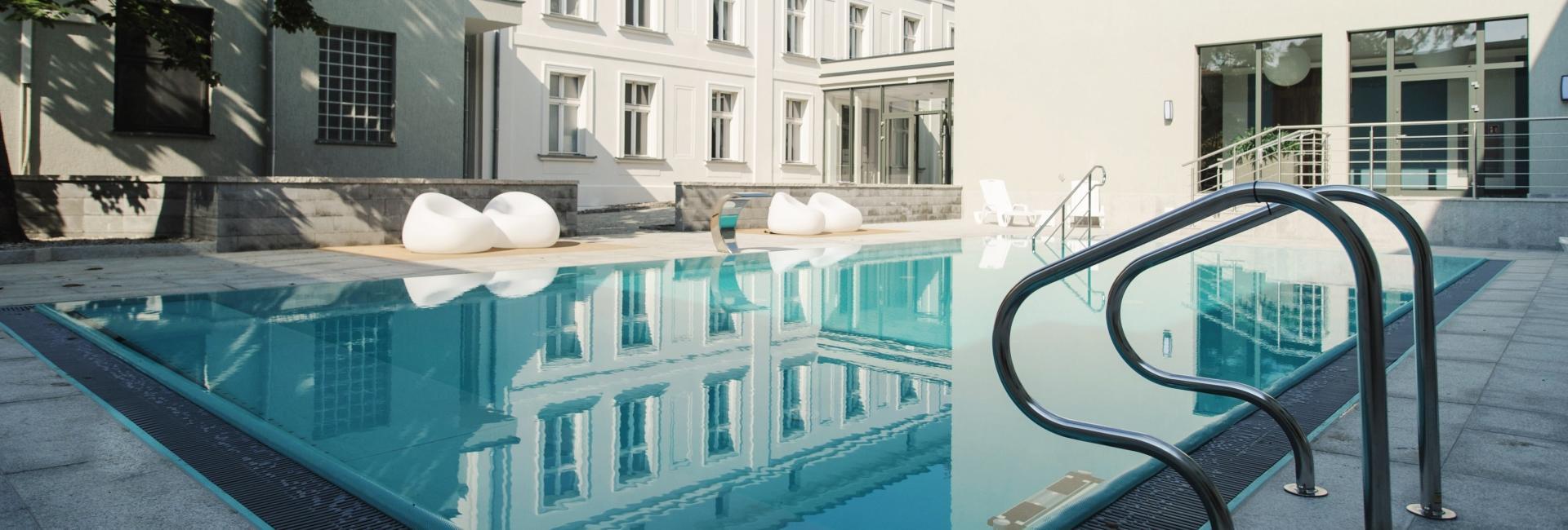 Pool at Hotel Romantyczny Palace in Turznie, Kuyavia Pomeranian