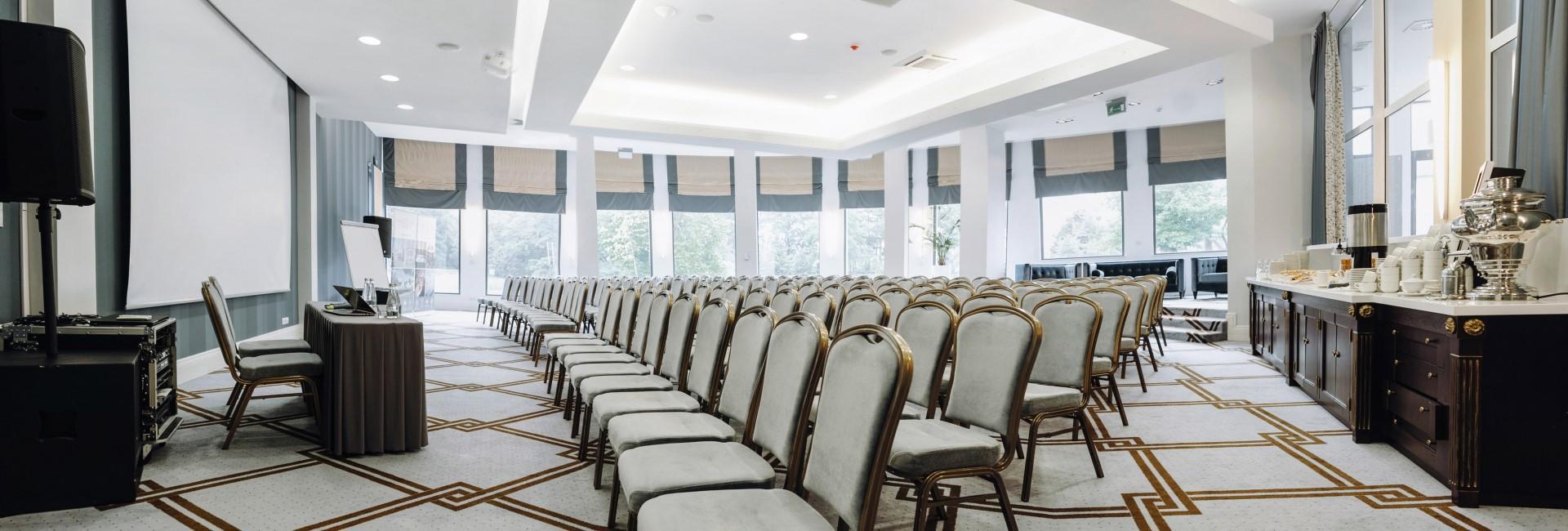 Seminar at Hotel Romantyczny Palace in Turznie, Kuyavia Pomeranian