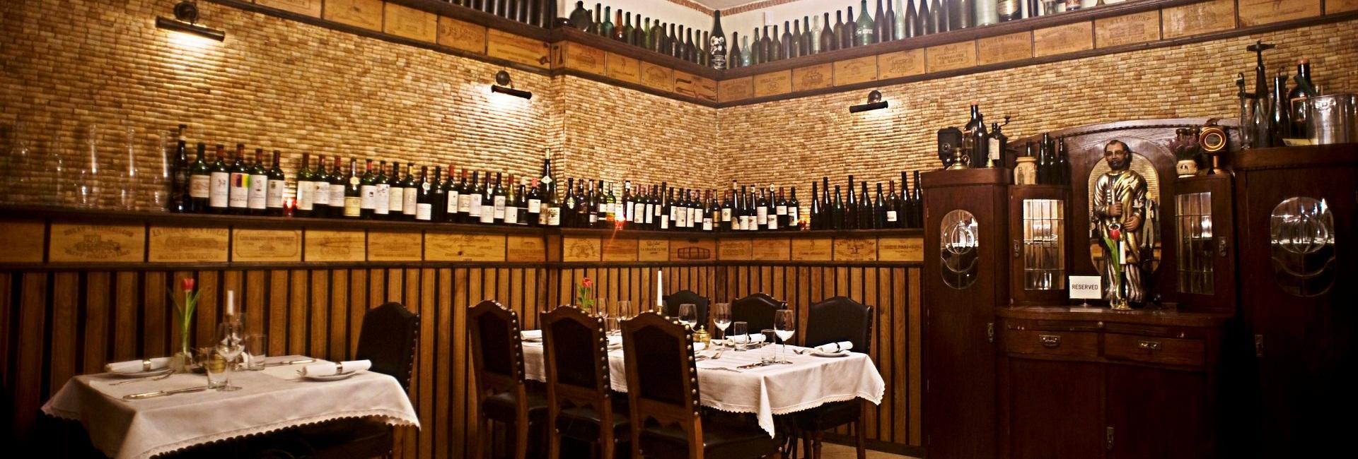 Restaurant at Chotynia Manor House in in Sobolew