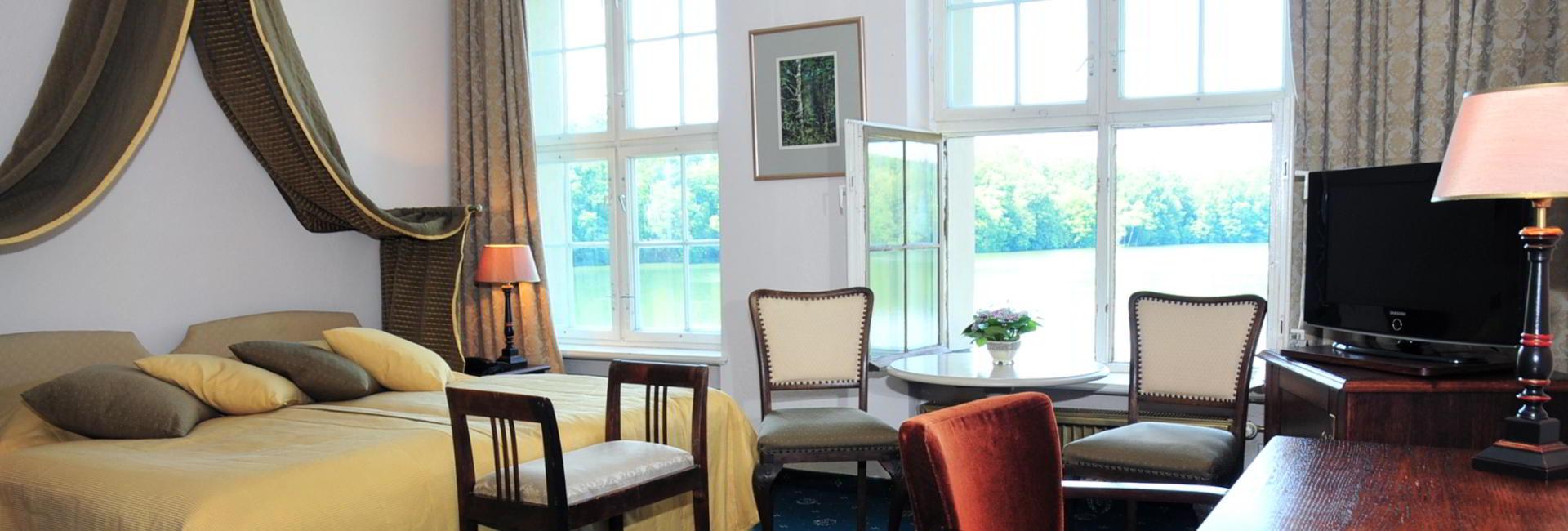Apartment at Castle Hotel Podewils in Krag, Poland