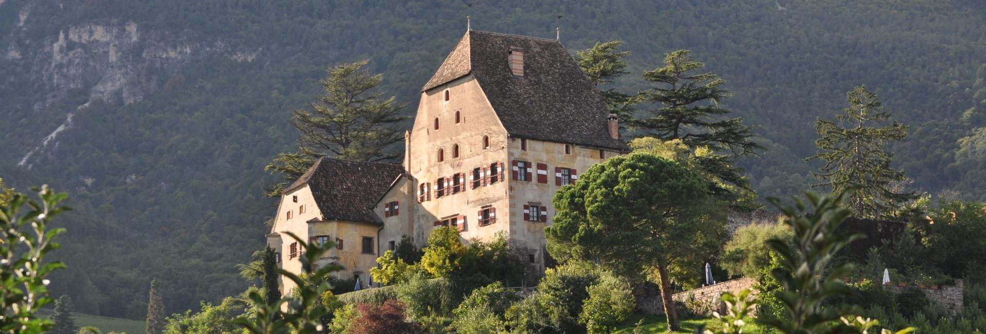 Englar Castle & Wine estate